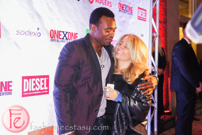 lyriq bent gay